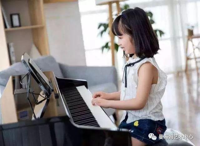 音乐学院附小钢琴学员都在弹什么?