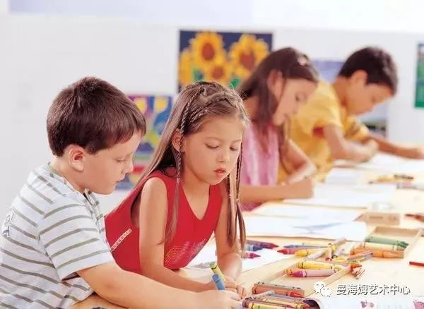 音乐滋养童年,学钢琴的孩子未来无可限量