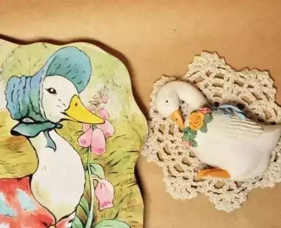 拉威尔的《鹅妈妈》讲了哪五个故事?